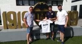 El Ribarroja hace oficial un convenio con el Valencia C.F.