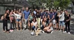 Jóvenes integrantes del programa 'Jove Oportunitat' del IVAJ visitan la FFCV