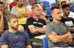 Árbitros y entrenadores FFCV vivieron una histórica jornada en Castellón