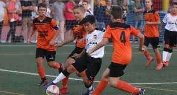 Promeses en detalle (Jornada 4): El Valencia da un paso de gigante por la primera plaza del Grupo A (2-0)