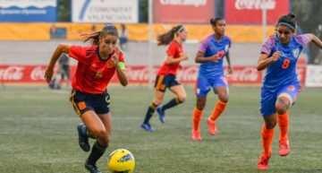 España ratifica su presencia en la final del COTIF Cañamás Naranja tras tumbar a India (2-0)
