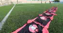 Una decena de niñas recibieron su 'bautismo' futbolístico en el Clinic Valenta de Benimàmet
