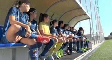 Casi 100 jugadoras Sub-15 y Sub-17 se reunieron para los entrenamientos FFCV en Carcaixent