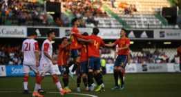 8.000 personas en Castalia empujaron a España Sub-21 en su triunfo ante Montenegro (2-0)
