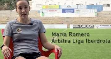María Romero (árbitra de la Liga Iberdrola): 'El árbitro también es persona y deportista'