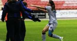 Lluvia de goles para un Levante Femenino que se aúpa a la cuarta plaza (3-4)