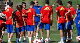 España sub17 convoca a tres futbolistas de la Comunidad Valenciana