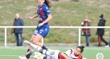 Tres goles al Rayo del Levante Femenino para amarrar la tercera plaza (0-3)