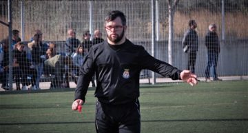 VIDEO: Dani Alcaraz, carácter valenciano para el único árbitro con síndrome de Down de España