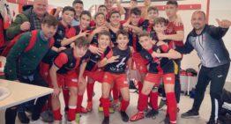 El Ciutat de Xàtiva festeja el ascenso de su Infantil 'A' a Liga Autonómica