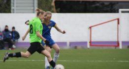 Paula Grau (UD Yátova), médica y futbolista: 'El fútbol sin público no es fútbol'