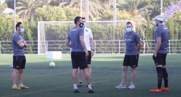 VIDEO: CF Intercity ya prepara en grupo los 'playoffs express'