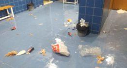 El alcalde lamenta desperfectos en los vestuarios del Municipal de Alberic: 'No todos se comportaron de forma ejemplar'