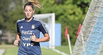 Aldana Cometti (Levante Femenino): 'Jugar aquí es un paso adelante en mi carrera'