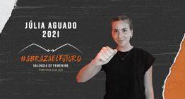 El VCF Femenino promociona a Júlia Aguado desde su cantera y la convierte en jugadora del primer equipo