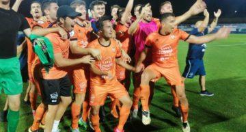 El Atzeneta hace historia y alcanza por primera vez la Segunda B tras imponerse al Alcoyano (1-0)