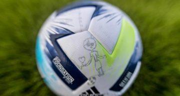 Niños y niñas de toda Europa ayudaron a diseñar el balón de la Supercopa de Europa entre Bayern y Sevilla
