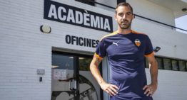 El regreso a casa del técnico Rubén Sellés tras 12 años de 'éxodo' en media docena de países