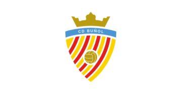 El CD Buñol presenta en sociedad su nuevo escudo del centenario