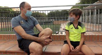 VIDEO: Mateu Lahoz conoció al pequeño Mario, su fan número uno