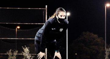 VIDEO: Fútbol y futsal, desde el punto de vista de cinco mujeres que lo viven a diario