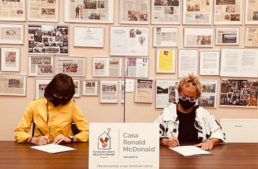 La Casa Ronald McDonald de Valencia y ópticas Asun Oliver firman un convenio de colaboración
