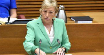 Ana Barceló cita a la FFCV el próximo martes 17 para hablar sobre la apertura de los recintos deportivos