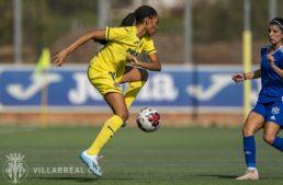Salma Paralluelo: 'Me encantaría practicar siempre fútbol y atletismo, pero algún día tendré que elegir'