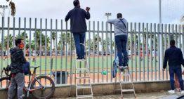 GALERÍA: Las imágenes de padres fuera de los recintos que han hecho a la FFCV pasar a la acción