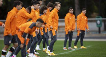 El Juvenil 'A' del Valencia CF arranca (ahora sí) su temporada en División de Honor ante el CD Roda