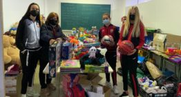 El Ciutat de Xàtiva realiza la primera entrega de su iniciativa solidaria por Navidad