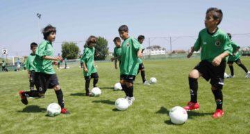 Entre la novedad y el absurdo: cuando la copia no mejora lo original en el fútbol base