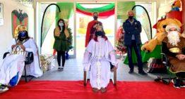 El CD Malilla y Construyendo Malilla realizan un reparto solidario de 1.000 juguetes en la víspera de Reyes