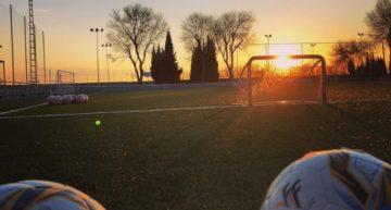El fútbol base valenciano poco a poco también se 'auto-restringe' los entrenamientos en las escuelas