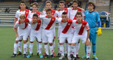 Crisis en el fútbol base del Rayo Vallecano: denuncia impagos y critica sus condiciones de trabajo