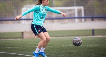 Eva Navarro (Levante UD) se rompe el cruzado y dice adiós a la temporada