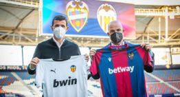 Las camisetas valencianistas del derbi servirán para recaudar fondos para las Escoles COR Blanquinegre