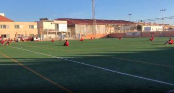Las 'sentadas' en el fútbol valenciano se suceden en protesta por la discriminación a sus competiciones