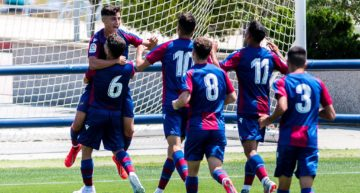 El Levante hace historia levantando por primera vez el título en División de Honor Juvenil