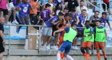 El Athletic Club Torrellano toca el cielo de la Tercera RFEF gracias a un gran Tur (2-1)
