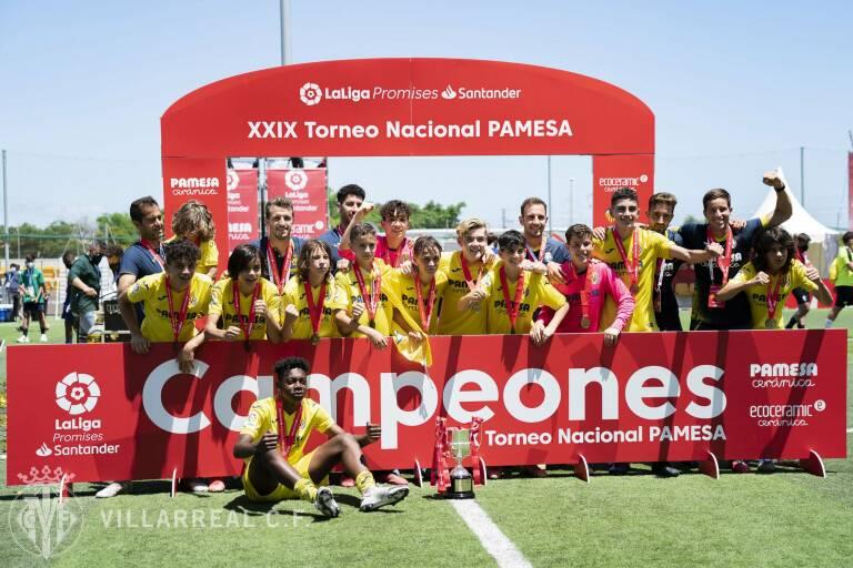 El Villarreal reina en la XXIX edición de LaLiga Promises tras derrotar al Sevilla (2-0)