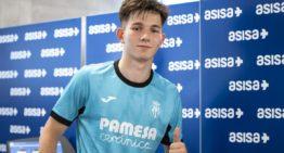 El extremo ruso Nikita Iosifov (20 años) firma gratis por el Villarreal 'B'
