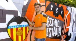El Valencia Mestalla apuntala su ataque con Alberto Marí