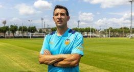 El cántabro Raúl Pérez, segundo de Angulo en el Valencia Mestalla