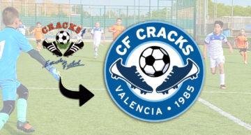 Nuevo escudo: las clásicas 'botas' de CF Cracks se modernizan para una temporada de novedades