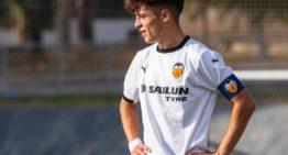 Para Carlos todo seguirá Igual, el lateral volverá a competir en el juvenil