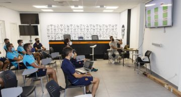 La Academia del VCF apuesta por la digitalización e integra la aplicación de gestión integral del club Director 11
