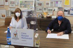 Agua de Benassal firma un convenio solidario con la Fundación Infantil Ronald McDonald